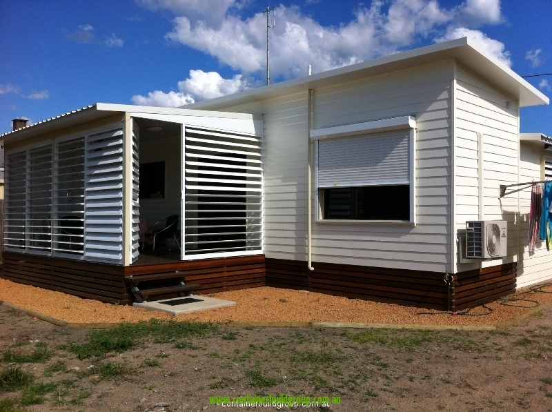 Stingray cabin 40ft container homes pop up shops for Self contained cabin