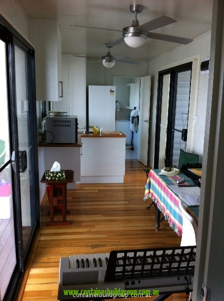 Stingray cabin 40ft container homes pop up shops - 40ft shipping container home ...